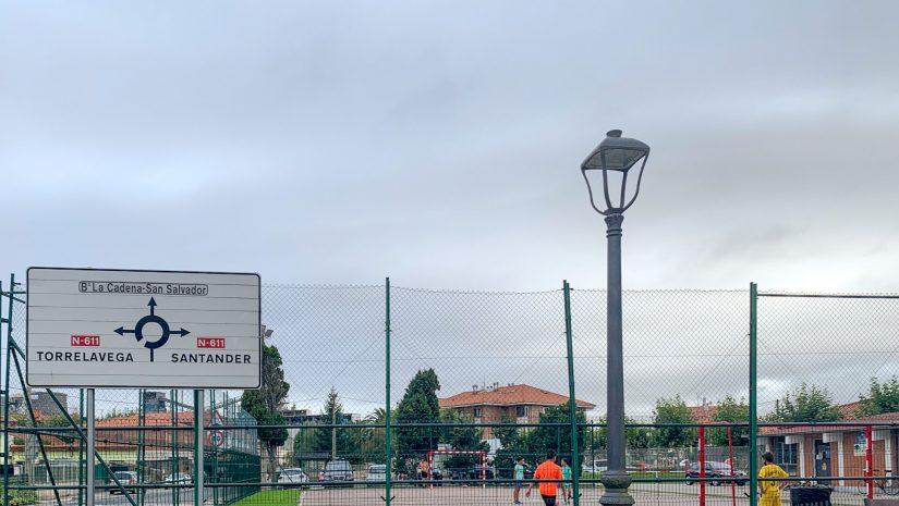 Farolas del alumbrado público de Rinconeda, recientemente renovadas a tecnología Led