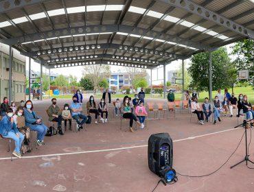 La alcaldesa y concejales de Polanco en la entrega de premios del concurso escolar de redacción